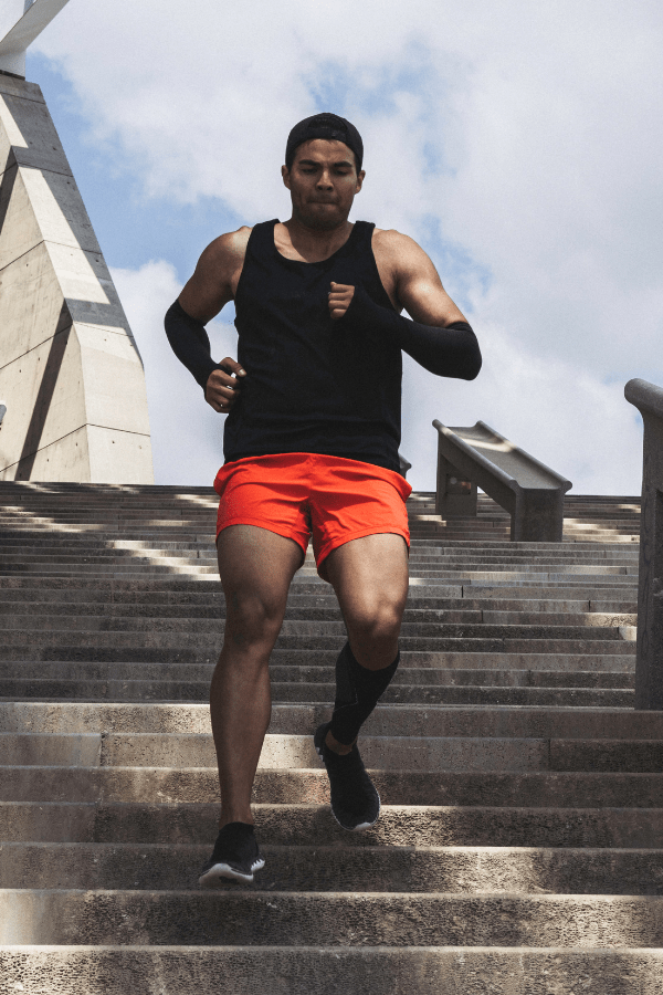Running Downstairs Outside Athlete Knee Pain