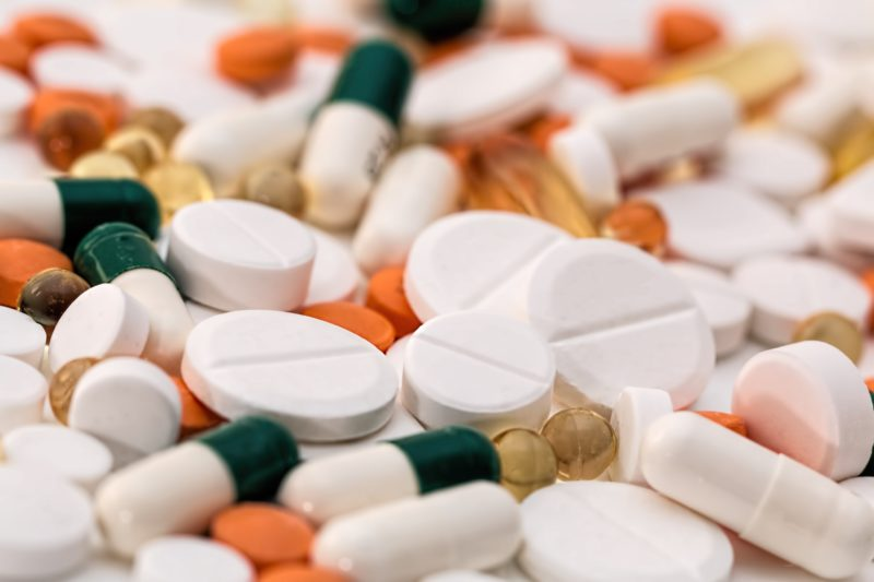 addiction-antibiotic-capsules-159211-e1571425384691