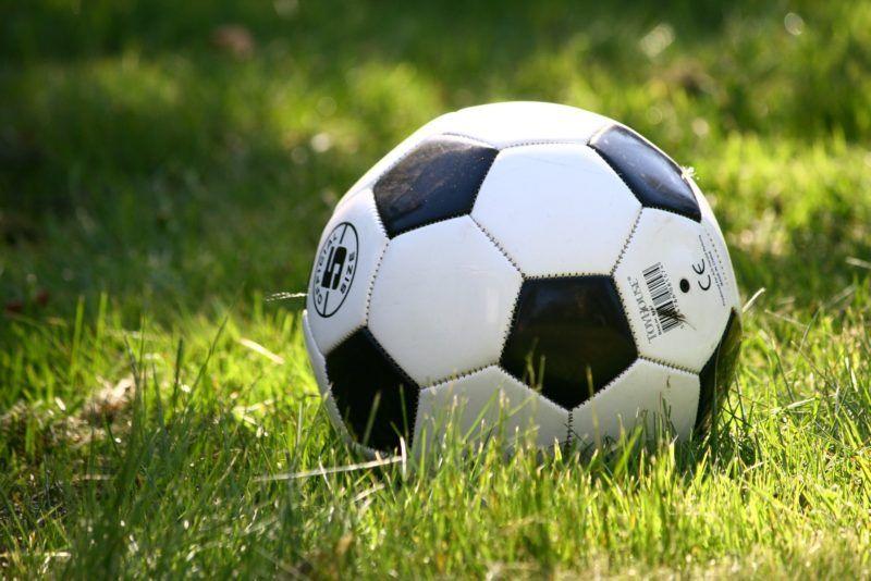 football-1396740_1920-e1571424151110